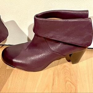 FRYE Lisa Shortie Fold Over Leather Ankle Boots